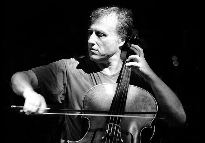 Raphael Wallfisch: Solo Cello Performance